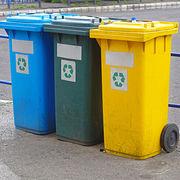 Déchets ménagersLe recyclage patine au prix fort