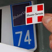 Plaque d'immatriculationAutocollant de personnalisation interdit