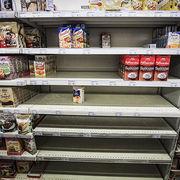 Produits de première nécessité - Une facture plus lourde en raison de la pénurie