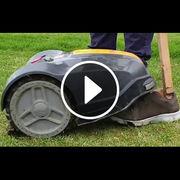 Tondeuse robot (vidéo)Deux modèles dangereux