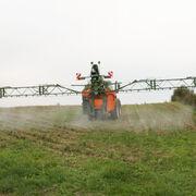 Épandage des pesticides à proximité des propriétés riverainesEncore un énième passage en force du gouvernement!