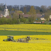 Pesticides Premier recul gouvernemental