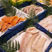 Découpes de saumon, cabillaud et lieu noir