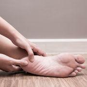Douleur sous le talonLa comprendre et la soigner