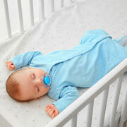 Matelas bébéNos conseils pour coucher bébé, sans risque de tête plate ou de mort subite