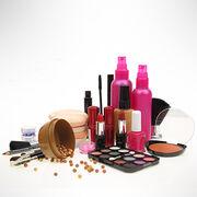 Produits cosmétiquesTéléchargez notre carte-repère des molécules toxiques