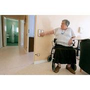 Personnes âgéesRester chez soi, pas si simple