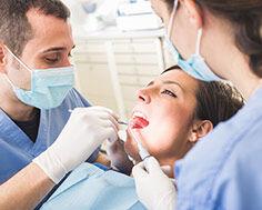 Dentiste et soins dentaires